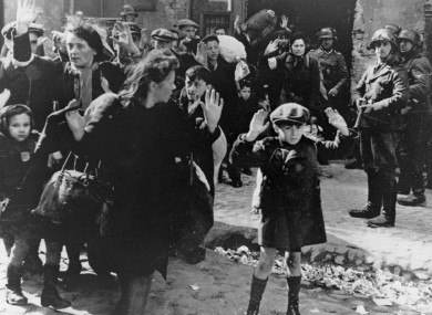 holocaust-survivors-390x285