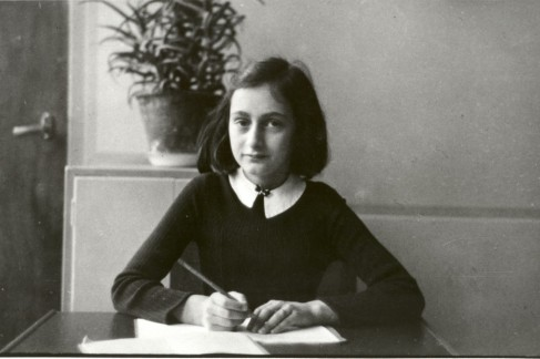 anne-frank-refugee