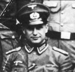 Klaus_Barbie_September_1930