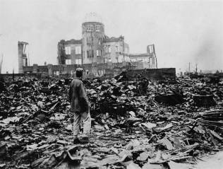 150803-hiroshima-aftermath-12p_7b60cbe2619912a12592539c8b2895c8.nbcnews-ux-2880-1000