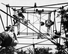 Jeds on high bars in obstacle course. Milton Hall. England. Ca. 1944. (OSS) Exact Date Shot Unknown NARA FILE #: 226-FPL-MH-23 WAR & CONFLICT BOOK #: 737