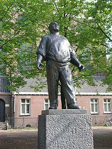 220px-Dokwerker_(Amsterdam)