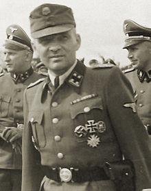 220px-SS-Sturmbannführer_Rudolf_Höß