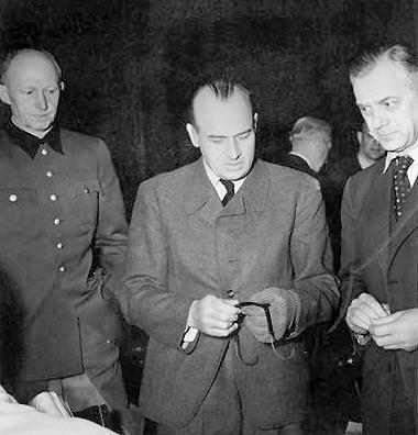 Alfred_Jodl,_Hans_Frank,_Alfred_Rosenberg