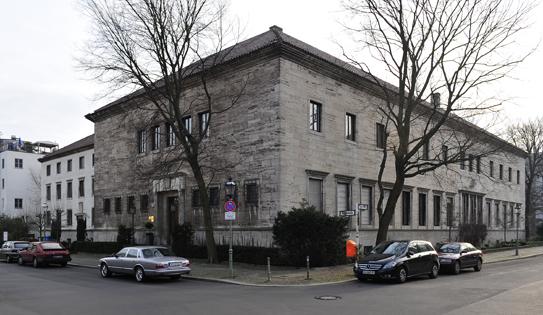 ab 1942 Amtssitz des Ministers für die besetzten Ostgebiete Alfred Rosenberg, später Umbau zum Gästehaus der Reichsregierung