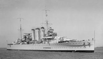 HMAS_Australia_Oct_1937_SLV_straightened