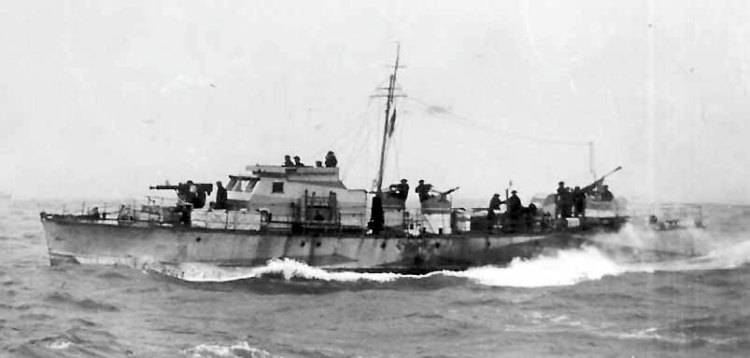 Motor_Gun_Boat_314