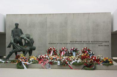 Sachsenhausen_Crematorium_Memorial