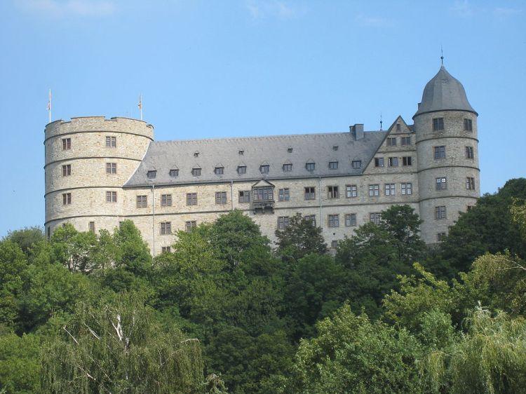 1024px-Wewelsburg2010