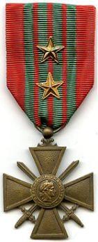 150px-Croix_de_Guerre_1939_France_AVERS