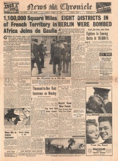 1940-front-page-news-chronicle-raf-bombing-raids-on-berlin-french-EMT8MY