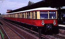 220px-S-Bahn_Berlin_Baureihe_477
