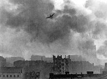 220px-Warsaw_Uprising_stuka_ju-87_bombing_Old_Town