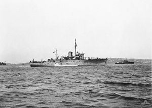 300px-HMAS_Bundaberg_107177