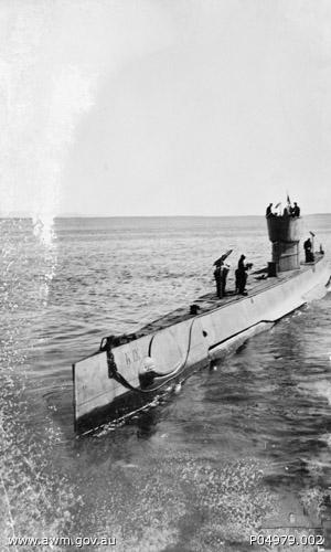 HMAS_K9_(AWM_P04979002)