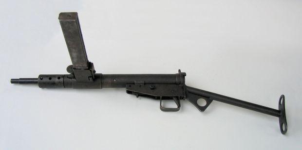 Pistolet_maszynowy_STEN,_Muzeum_Orła_Białego