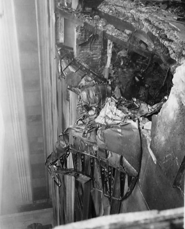 Bomber_Crashed_into_Empire_State_Building_1945