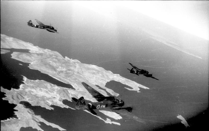 Flugzeuge Junkers Ju 88 über Kreta