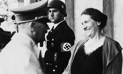 wagner-winifred-hitler-welcome