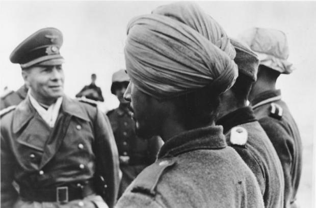 """Rommel mit Soldaten der Legion """"Freies Indien"""""""