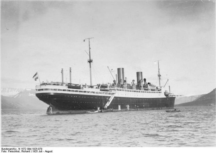"""Polarfahrt mit Dampfer """"München"""", Advent-Bay"""