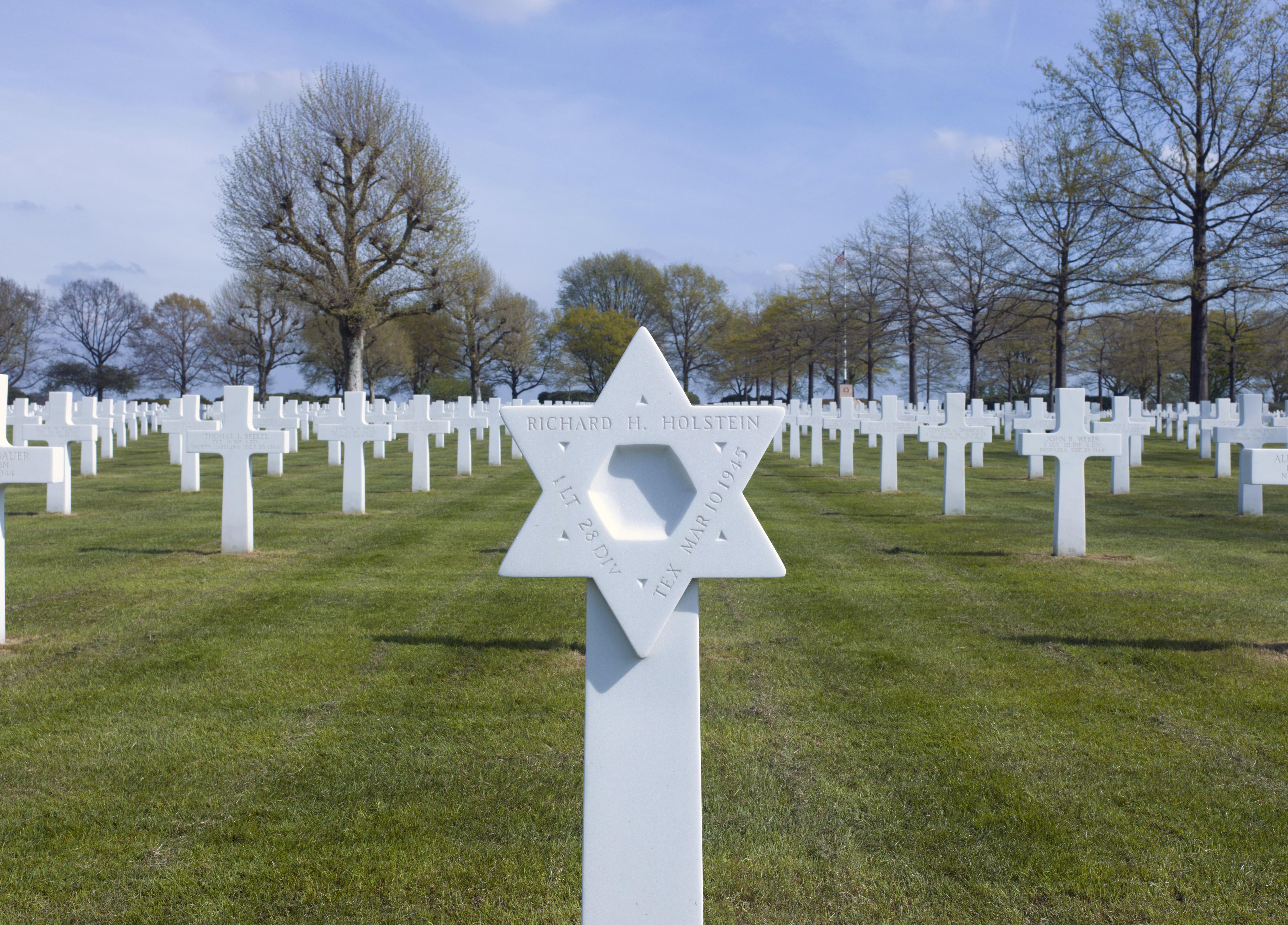 NET-Margraten-American_Cemetery_04a