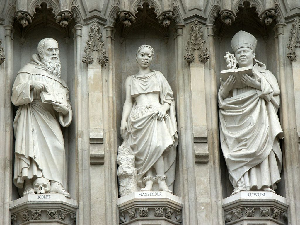 1024px-WestminsterAbbey-Martyrs