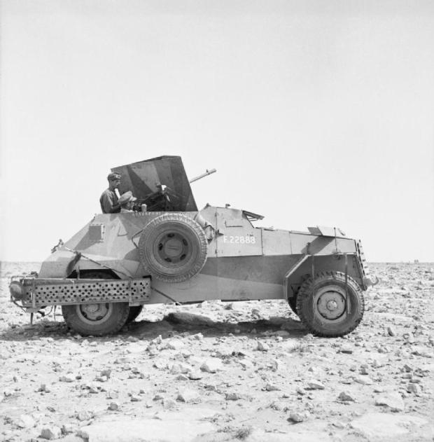 a_marmon-herrington_mk_ii_armoured_car_armed_with_an_italian_breda_20mm_gun_near_tobruk_libya_8_may_1941-_e2872