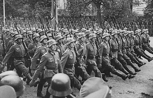 b01_world_war_2_german_troops_poland