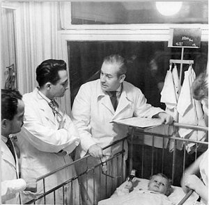 doctors-selecting-chilren-for-death-300x295