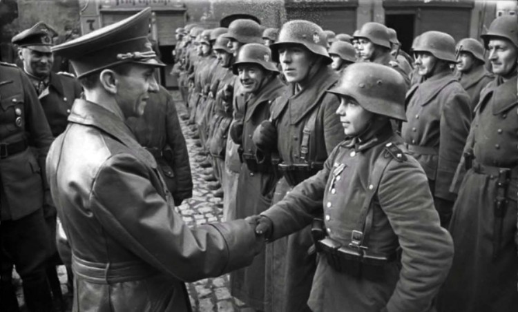 goebbels-congratulates-a-young-recruit-after-receiving-the-iron-cross-ii-1945