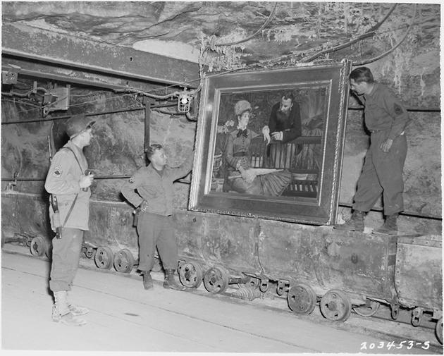 historical-photos-pt3-wintergarden-salt-mines-us-soldiers