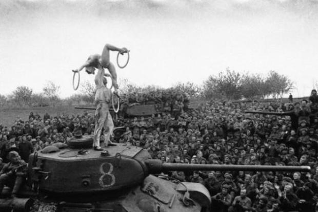 historical-photos-rare-pt2-soviet-soldiers-break
