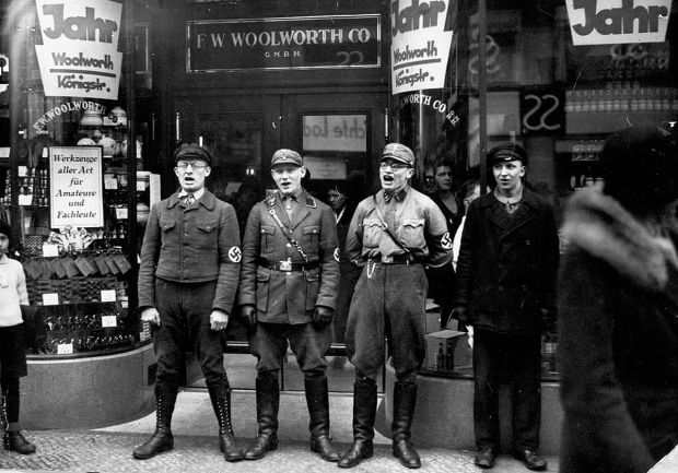 nazis-singing-to-encourage-a-boycott-of-the-allegedly-jewish-founded-woolworths-1933-1