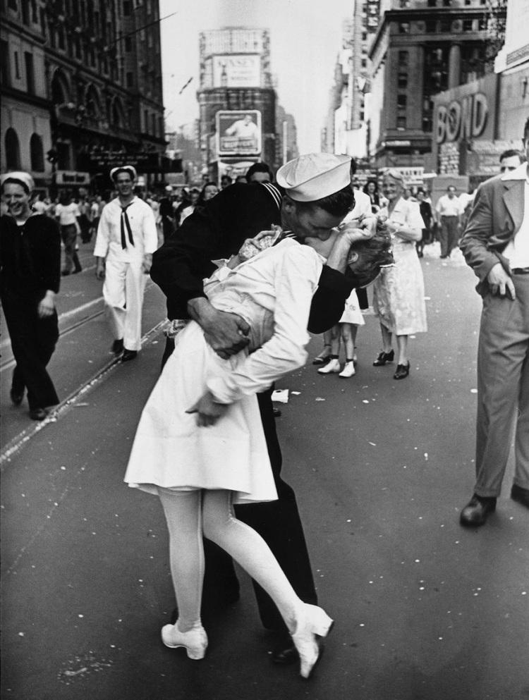old-photos-vintage-war-couples-love-romance-6-5731f4a980e99__880
