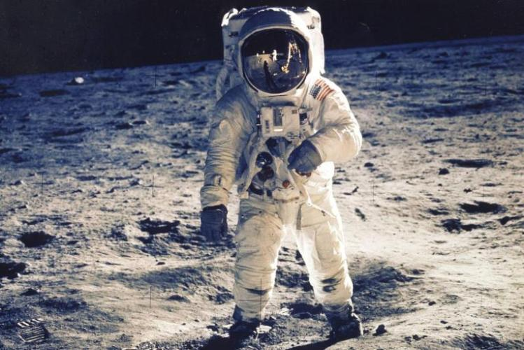 45-years-later-23-images-of-nasas-first-moon-landing-19