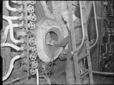 hms-curacoa-boilers-595x444