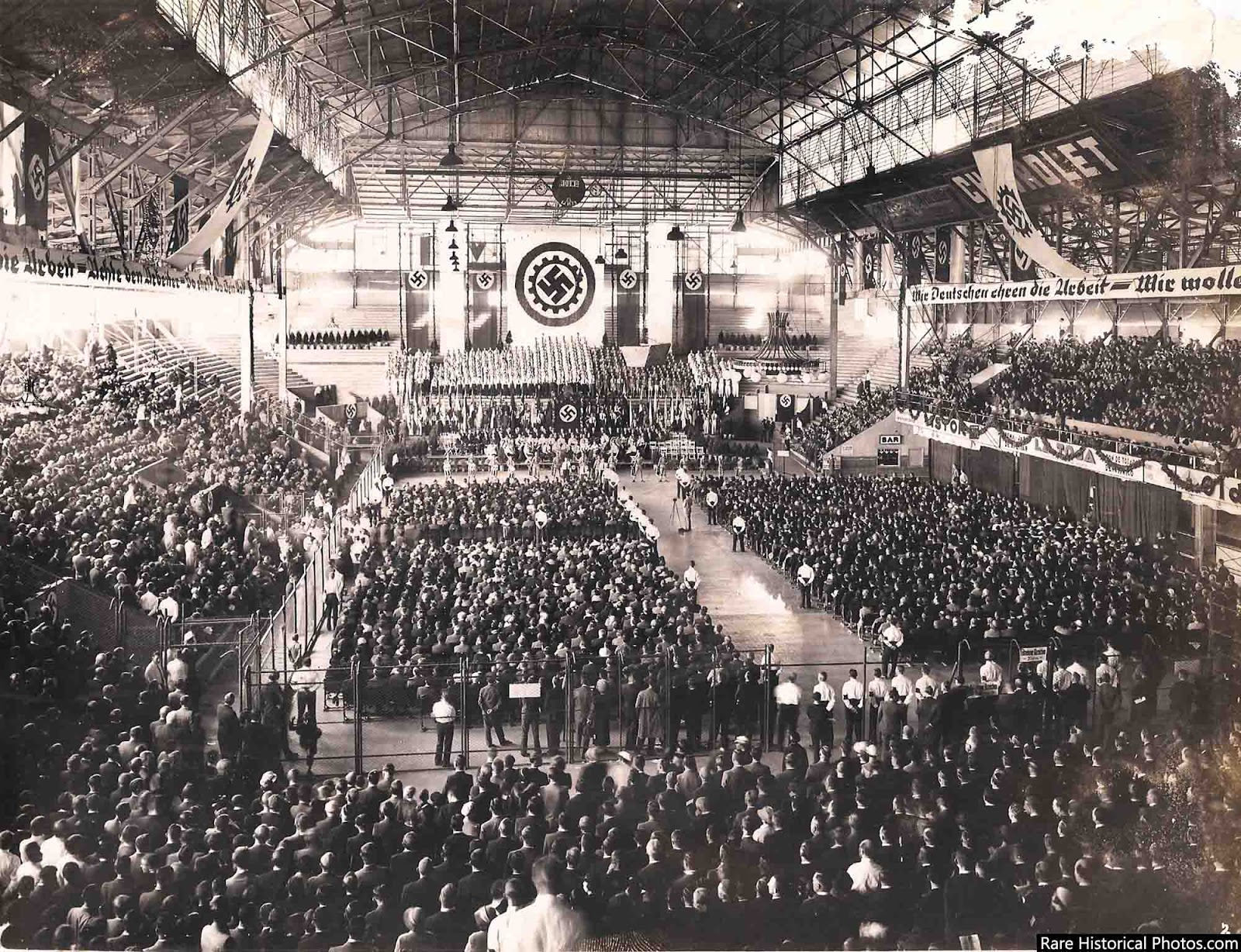 nazi_rally_argentina_1938_1