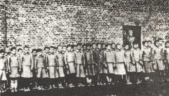polish_children_in_nazi-german_labor_camp_in_dzierzazna