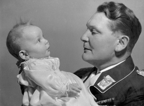 Reich Marshal Hermann Goering with his daughter Edda., 01.01.1939-31.12.1939