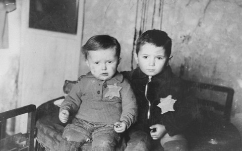 1389.4 Holocaust E