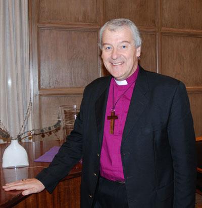 0946-bishop-michael-jackson-oslo