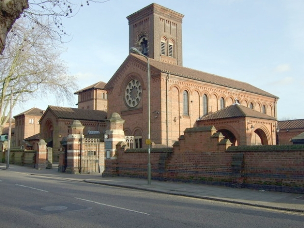 golders_green_crematorium_-_geograph-org-uk_-_676569