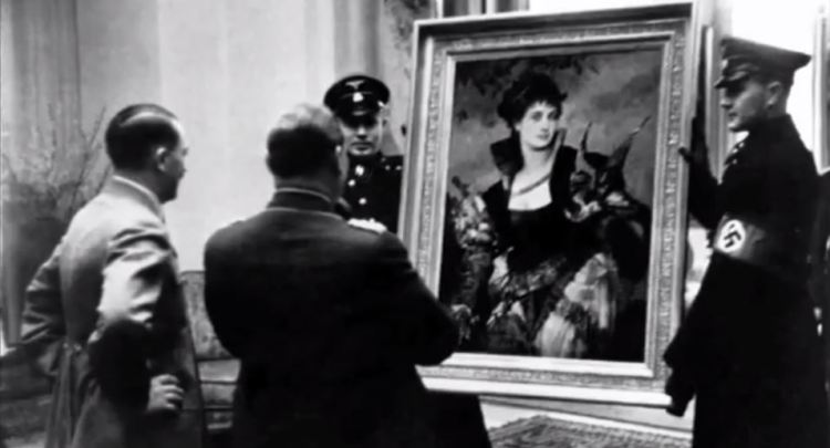 hitler-with-looted-art