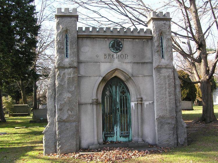 1024px-herbert_brenon_mausoleum_12-2-2008
