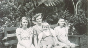 mother-and-3-daughters