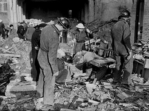 sandhurst-road-school-bomb-1943