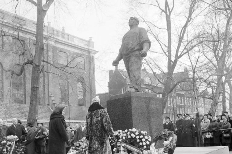 amsterdam-februaristaking-dokwerker