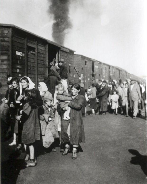 deportation_to_treblinka_from_ghetto_in_siedlce_1942