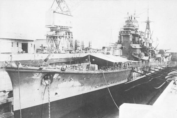 japanese_cruiser_ashigara_1942